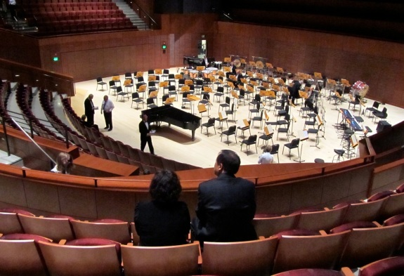 Soka Performing Arts Center opens with gala concert by