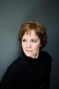 Conductor Susanna Malkki.  Credit Simon Fowler.