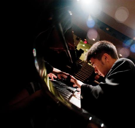 Pianist Conrad Tao. Credit: Vanessa Briceno-Scherzer
