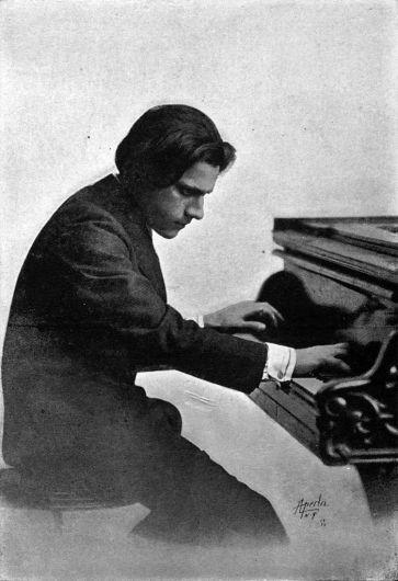 Pianist/composer Leo Ornstein in 1914. Public domain.